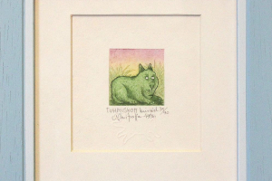 "Navitrolla ""Tuhmuskott"" (kuivnõel) 1996. 19 x 19 cm."